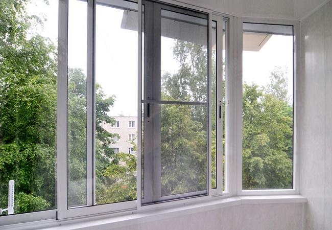 Дерево, пластик, алюминиевый профиль – какие окна выбрать?