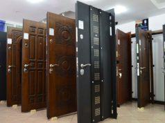Гнуто-сварные двери из стали