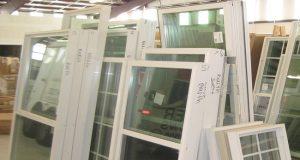 Замена стекол в деревянных окнах