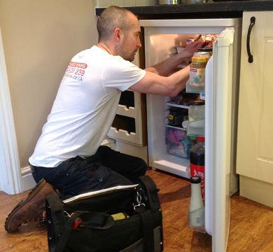 Быстрая починка холодильника